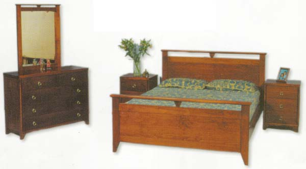 Glamour 4 Piece Queen Bedroom Suite with Solid Pine (Clear Grade)