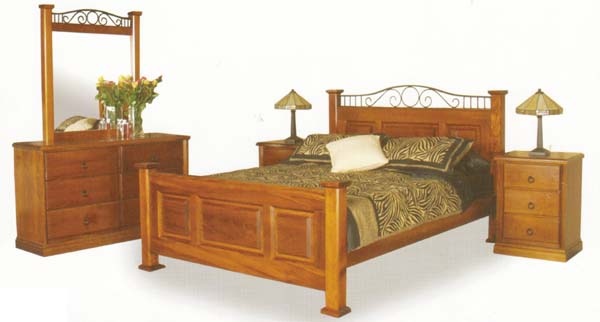 Sky 4 Piece Queen Bedroom Suite with Solid Pine (Clear Grade)
